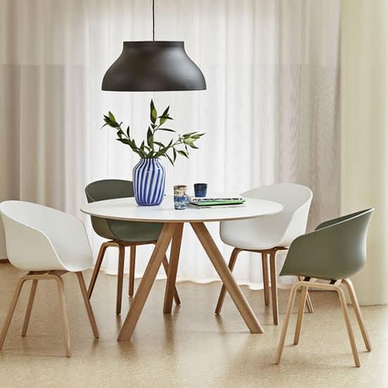 Chaise blanche design
