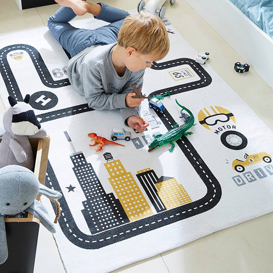 Tapis chambre d'enfant voiture