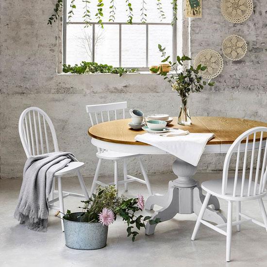 Chaise de cuisine avec barreaux