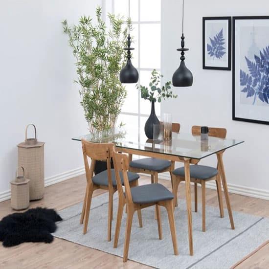 Chaise en bois et tissu