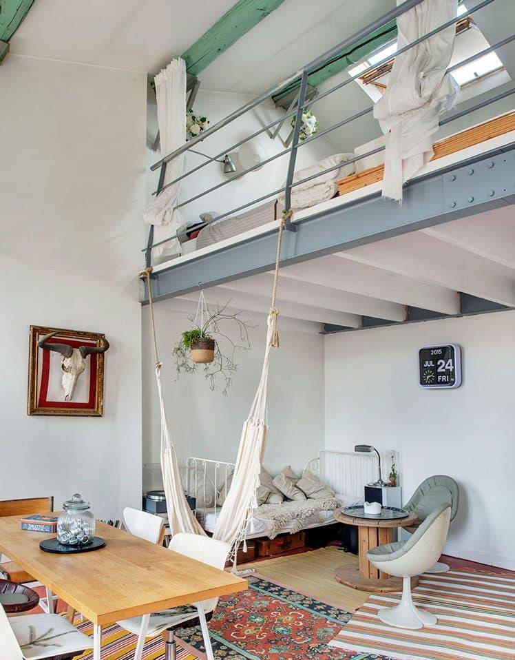 Séparer une chambre du séjour par un système de rideaux ingénieux