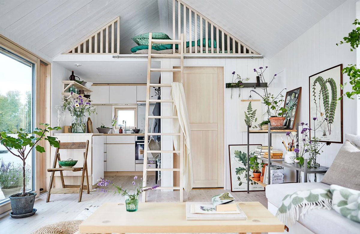 Aménagement d'une mezzanine sous les toits pour chambre mansardée