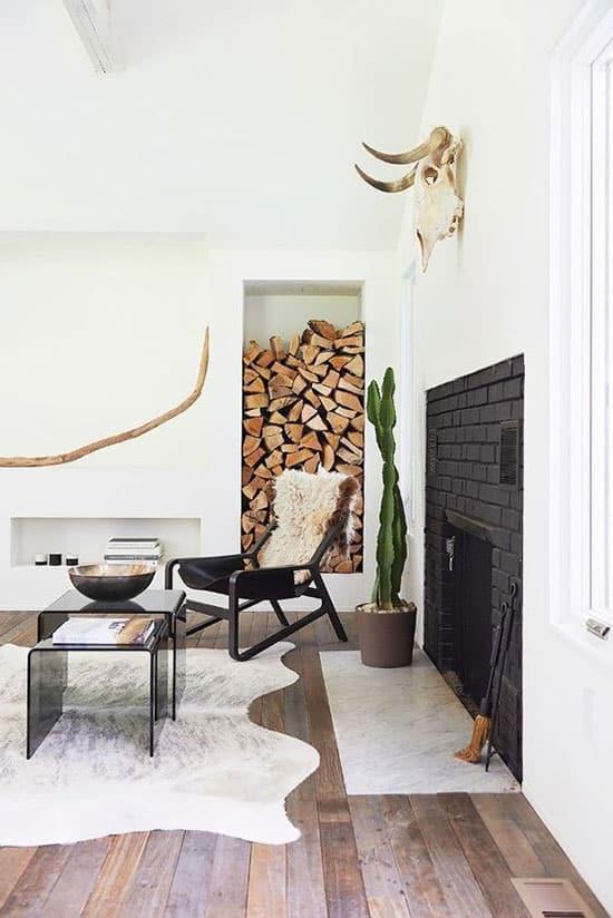 Mur de bûches de bois pour cheminée