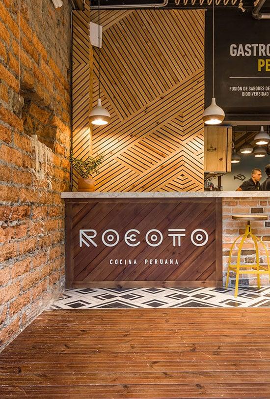 Restaurant au mur graphique