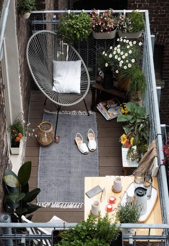 Fauteuil acapulco sur balcon