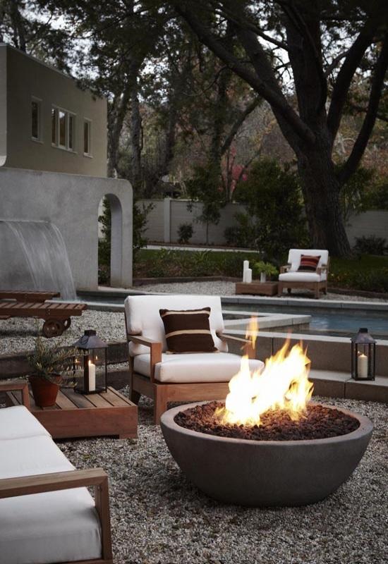 éclairage de terrasse chauffant avec un brasero