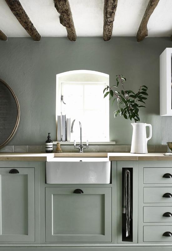 Le vert tendre dans la cuisine