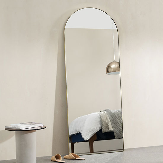 Miroir de plein pied