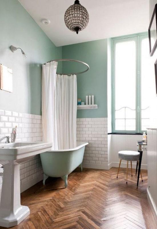 Blanc et vert à la salle de bain