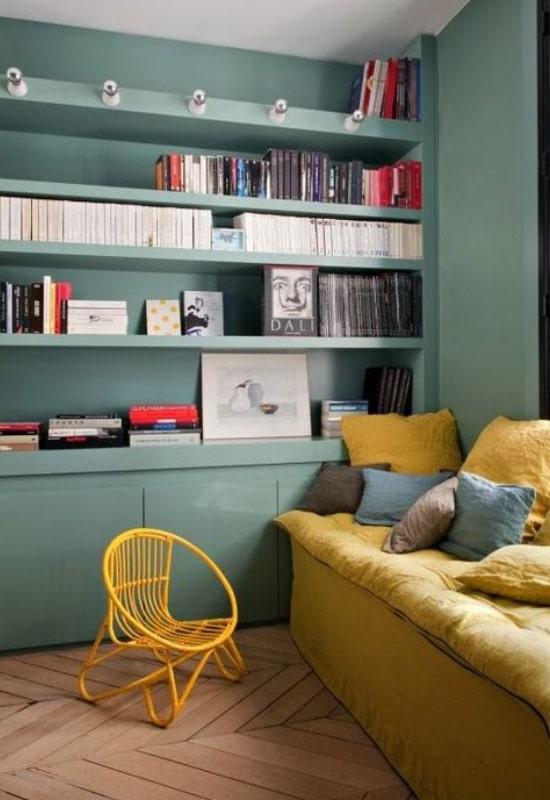 Association vert et jaune au salon
