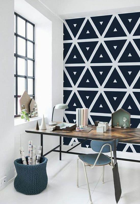 Déco géométrique avec du papier peint