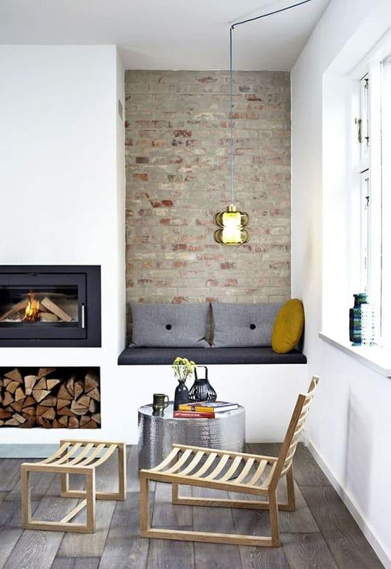 Mur en pierre naturelle avec cheminée