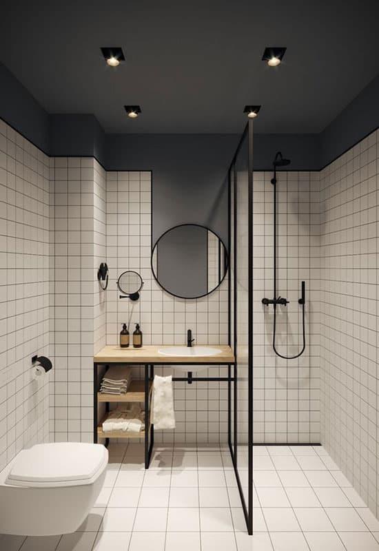 Salle de bain blanche accessoirisée de noir