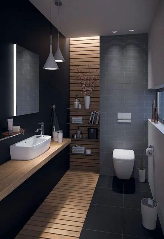 Salle de bain noire et bois