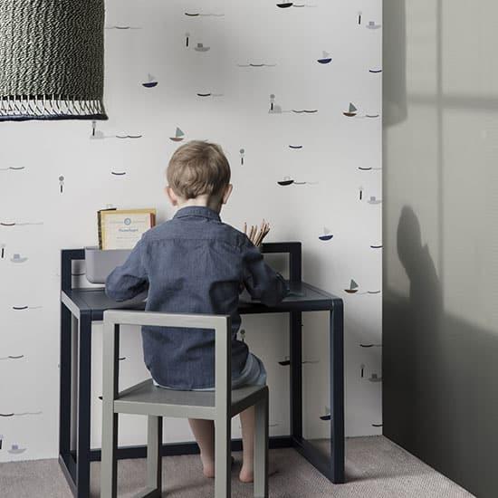 Bureau enfant primaire minimaliste