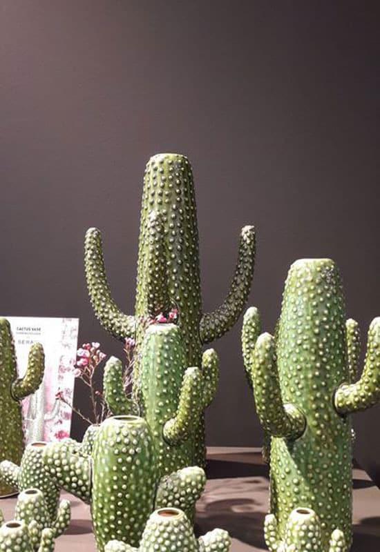 Vases en forme de cactus