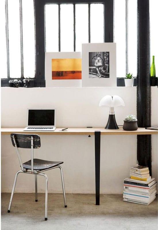 Pipistrello mini sur un bureau