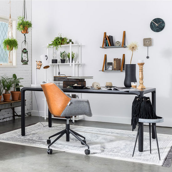 Fauteuil roulant design pour bureau