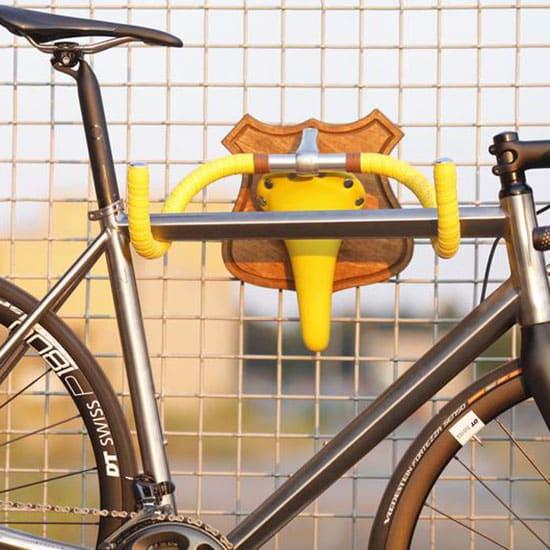 Support vélo mural gain de place