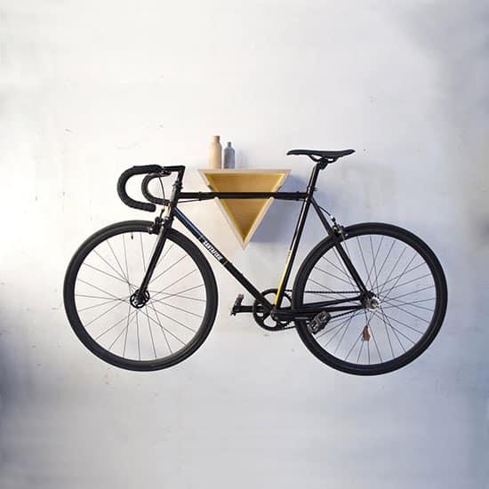 Support vélo mural coloré