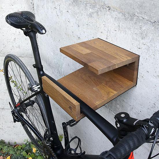Support vélo mural moderne