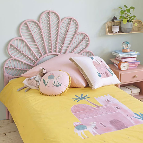 Tête de lit en rotin pour enfant rose