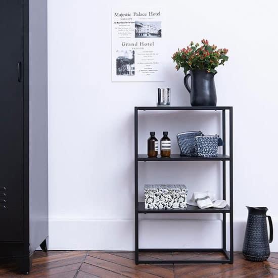 Petite console d'entrée en métal noir