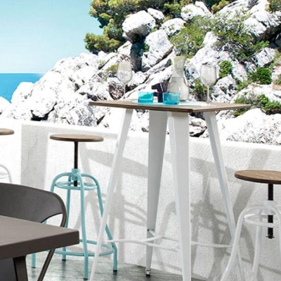 table de bar extérieur