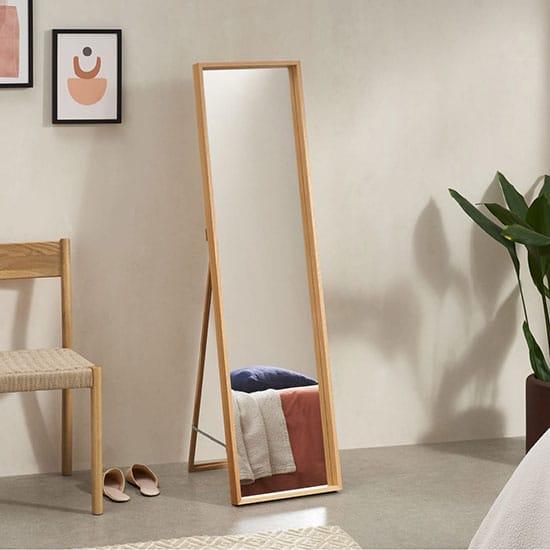 Miroir sur pied hauteur 140 cm