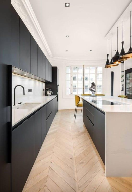 cuisine noire et blanc