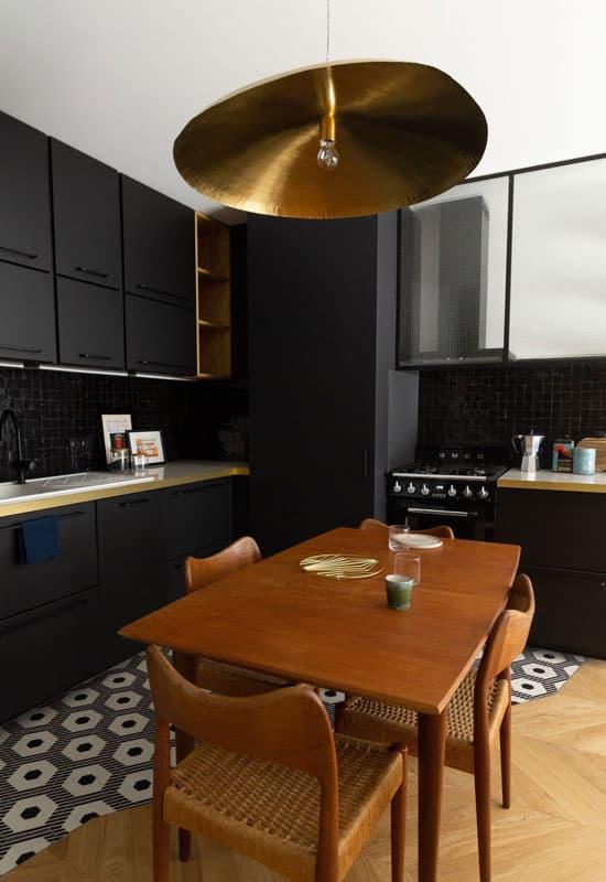 cuisine noire et doré
