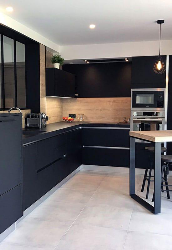 cuisine ouverte noire