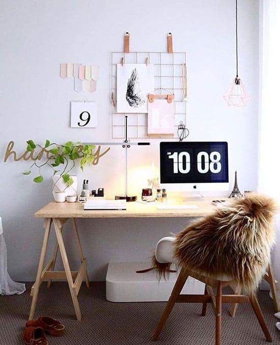 Espace bureau cosy à la maison