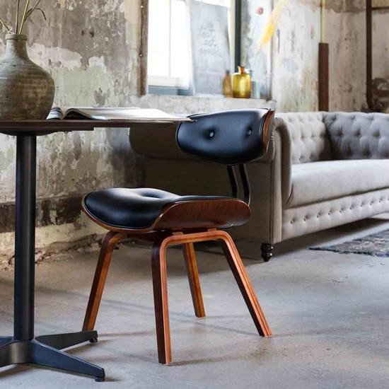 Chaise originale type fauteuil lounge