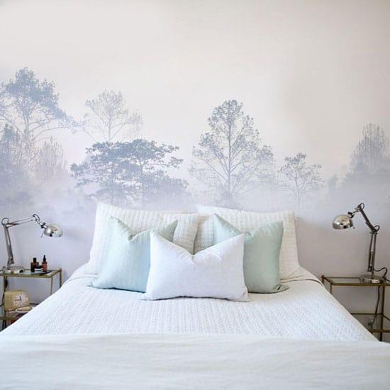 Déco tête de lit avec du papier peint