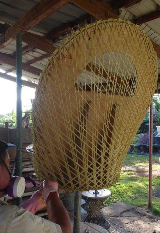 Fabrication artisanale d'un fauteuil Emmanuelle