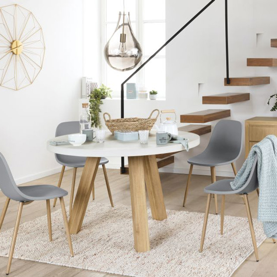 Table en béton type scandinave